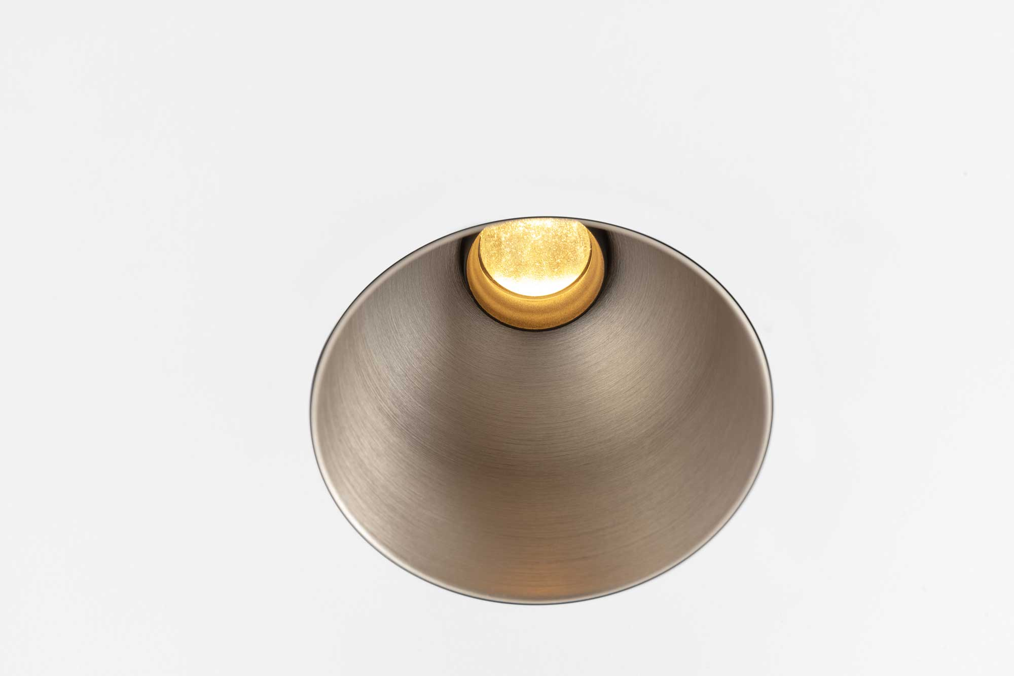 THIMBLE-70-TRIMLESS_LED_ANOSILVERBRONZE_05_LR